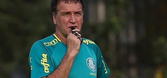 Cuca, técnico do Palmeiras, em treino