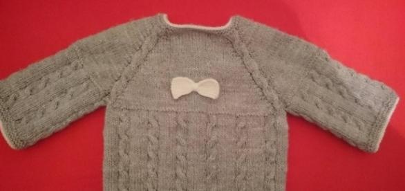 En fonction du sexe de bébé, on décore le vêtement ou on joue sur la couleur.