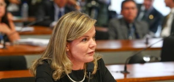 Gleisi Hoffmann é criticada por suas ações