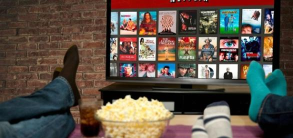 Netflix CEO credits piracy for helping company succeed - ExtremeTech -.. extremetech.com