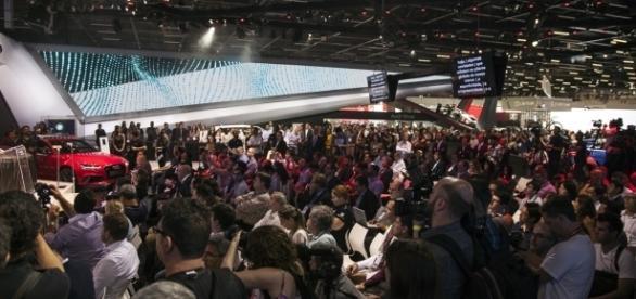 O Salão do Automóvel fica no São Paulo Expo, até o próximo dia 20, e os utilitários-esportivos (SUVs) dão as cartas na maioria dos estandes
