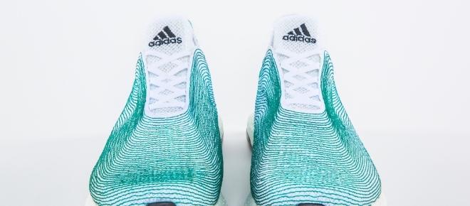 Zapatillas hechas con residuos marinos