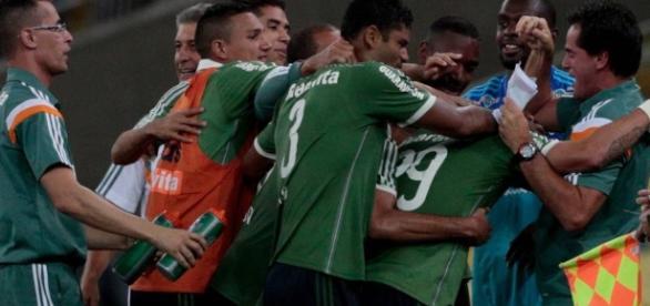 Fluminense luta para ir a Libertadores em 2017 ( Foto: Arquivo)