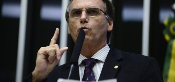 Apenas o relator do processo votou contra Bolsonaro
