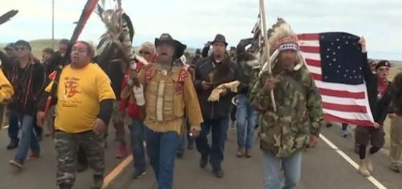 Hawaii member of the U..S House, North Dakota senator take opposing stances on North Dakota pipeline, protests. - NBC News - nbcnews.com