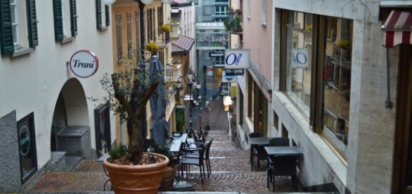 Kleine Gasse in der Luganer Altstadt.