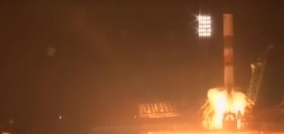 Lançamento do cargueiro espacial Progress MS-04