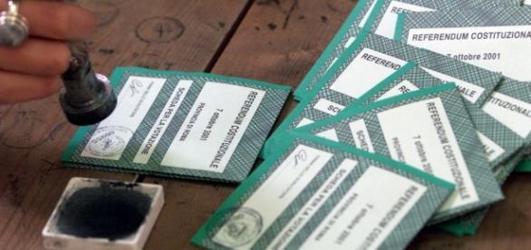 Referendum costituzionale 4 dicembre, per cosa si vota? Ragioni del sì e del no