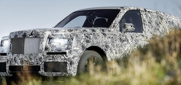Rolls-Royce Cullinan está previsto para ser lançado em 2018 para brigar com o Bentley Bentayga