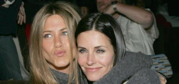 Séries TV: Va-t-il y avoir une suite à Friends? Jennifer Aniston (Rachel) répond