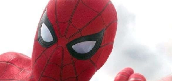 "Spider-Man: Homecoming"" trailer to debut with ""Rogue One"" - yahoo.com"