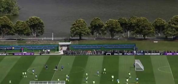 Altos salário se carrões importados estão longe da realidade do futebol brasileiro