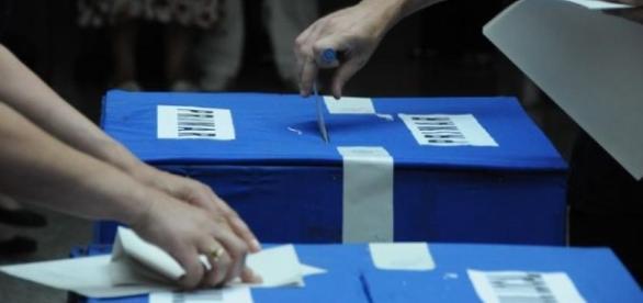 BEC: Prezenţa la vot, la nivel naţional, la ora