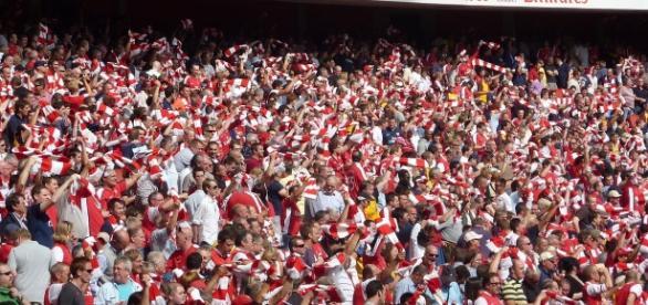 Everton vs Arsenal [iamge: upload.wikimedia.org\