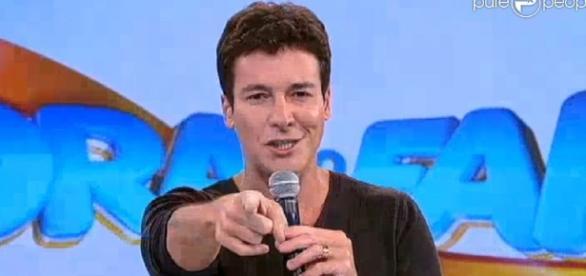 Programa Hora do Faro, exibido pela TV Record, superou audiência de Fausto Silva