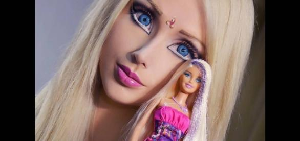 Valeria Lukyanova, a verdadeira face da 'Barbie humana'