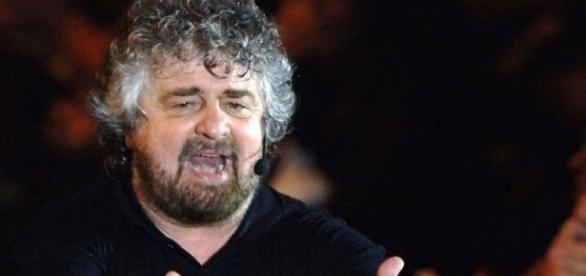 Beppe Grillo annuncia una grande manifestazione del M5S entro il 24 gennaio