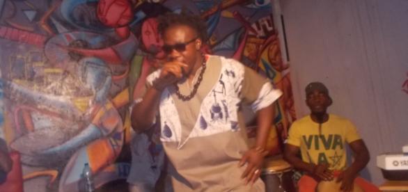 L'artiste camerounais Wise Atangana