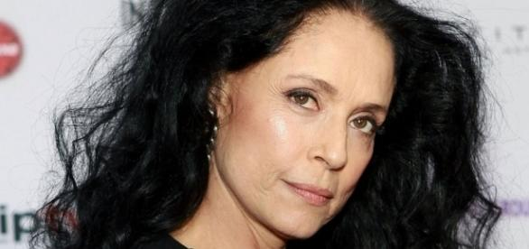 Sonia Braga Playing Julia Roberts' Mother in 'Wonder' (Exclusive ... - hollywoodreporter.com