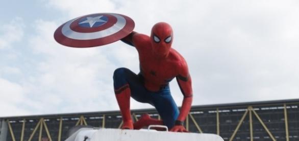Critique de Captain America : Civil War réalisé par Anthony et Joe ... - geeksandcom.com