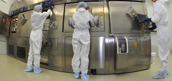 El carbono 14 es un isótopo radioactivo ampliamente utilizado para la datación de materiales orgánicos