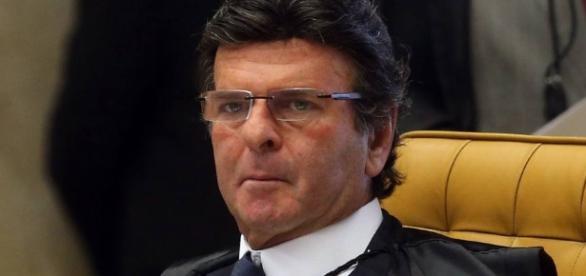 Luiz Fux suspendeu tramitação do pacote anticorrupção
