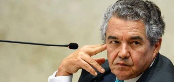 Ministro Marco Aurélio Melo quer julgar o processo de impeachment de Temer