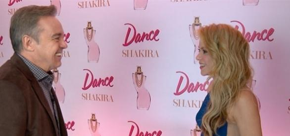 Shakira falou sobre a maternidade em um bate-papo com Gugu (Foto: Divulgação/Record)