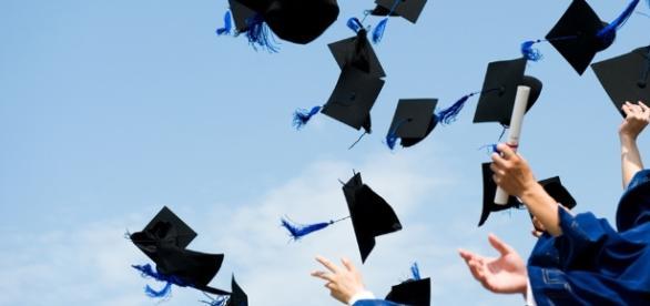 """Si laurea con diploma falso ma il giudice convalida il titolo: """"La ... - cultora.it"""