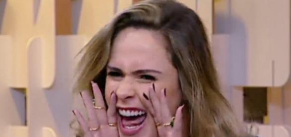 Ana Paula este no programa 'Fofocando' nesta quinta-feira