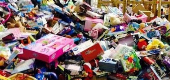 Doação de brinquedos para todas as crianças necessitadas da cidade