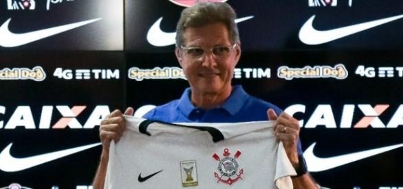 Oswaldo de Oliveira é demitido do Corinthians