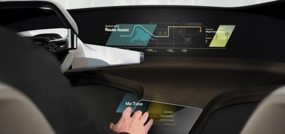 BMW Touch HoloActive leva a integração entre o motorista e o carro a um novo patamar