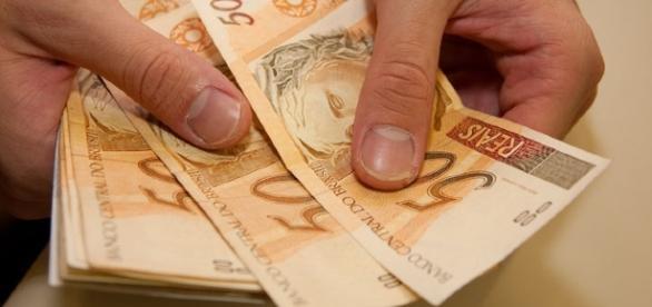 Novo salário mínimo entra em vigor no dia 1 de janeiro de 2017 (Foto: Reprodução)