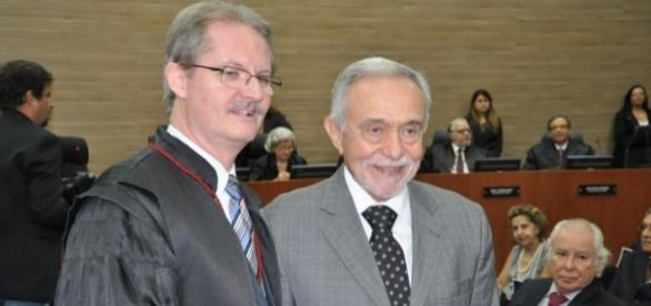 Poul Erick Dyrlund da esquerda para a direita