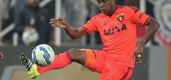 Rithely é um dos alvos corintianos para a temporada 2017
