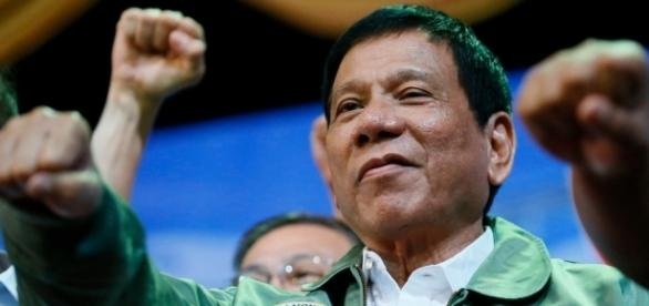 """Rodrigo Duterte é conhecido por sua """"intolerância zero"""" contra bandidos"""