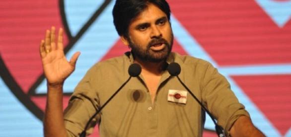 pawan kalyan in a meeting ( Image credits : saddahaq)
