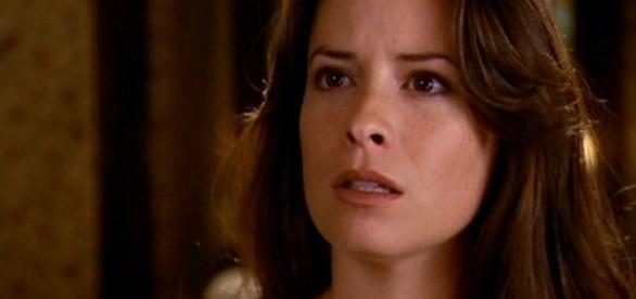 Piper se dresse de nouveau face à son destin. (via Charmed Wikia - Holly M. Combs)