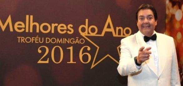 Fausto Silva apresenta o 'Melhores do Ano 2016' neste domingo (18)