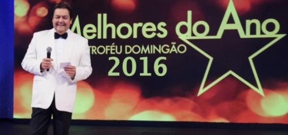 'Melhore do Ano' reúne astros e estrelas da música e da televisão