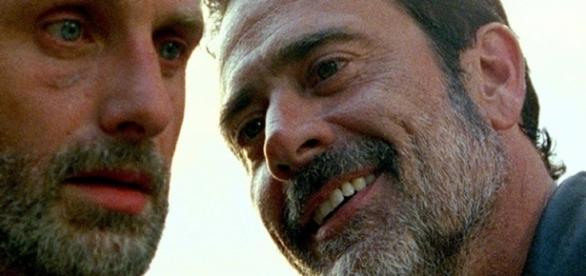 Negan e Rick Grimes na sétima temporada
