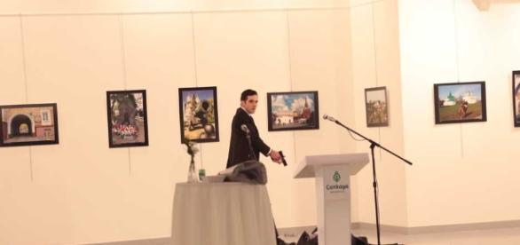 Periódico El Popular   Atacan a disparos a embajador ruso en ... - elpopular.mx