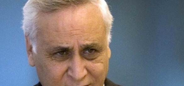 Ex-presidente de Israel recebe libertação antecipada após 5 anos