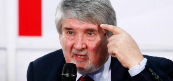 Poletti rilascia dichiarazioni stupefacenti