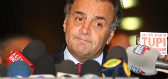 Imagem da bancada do partido ficou suja entre senadores.