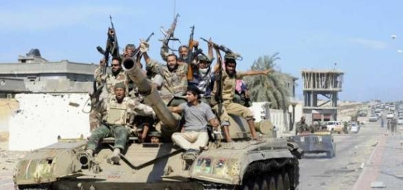 Islamiści rozpętali wojnę przez małpę