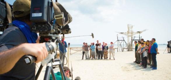 Koh-Lanta, L'île au trésor : et pour les équipes de tournage, ça ... - programme-tv.net