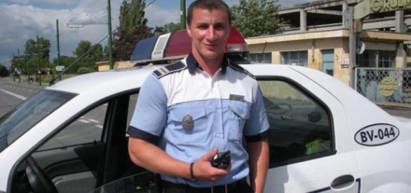 Marian Godina un politist adevarat