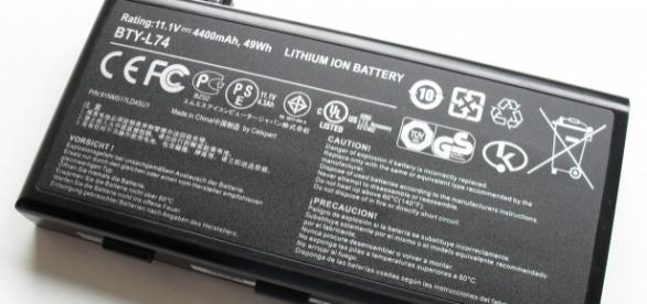 The lithium ion battery has been a cornerstone of tech devices for years. (Photo via Wikimedia.)